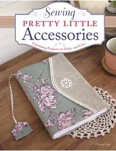 Sewing_Pretty_Little_Accessories_0